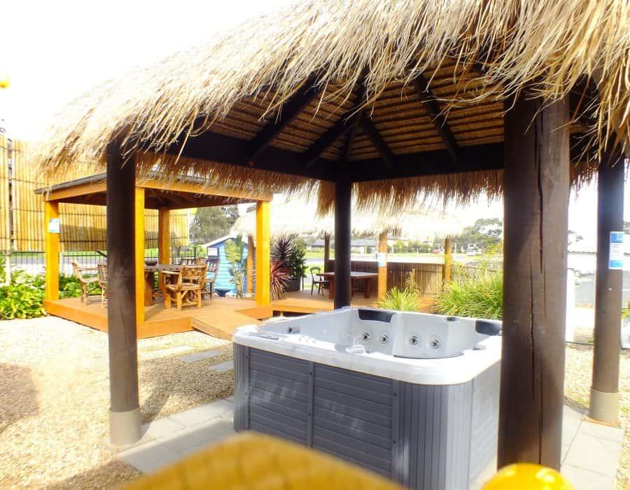 Spa & Bali Hut