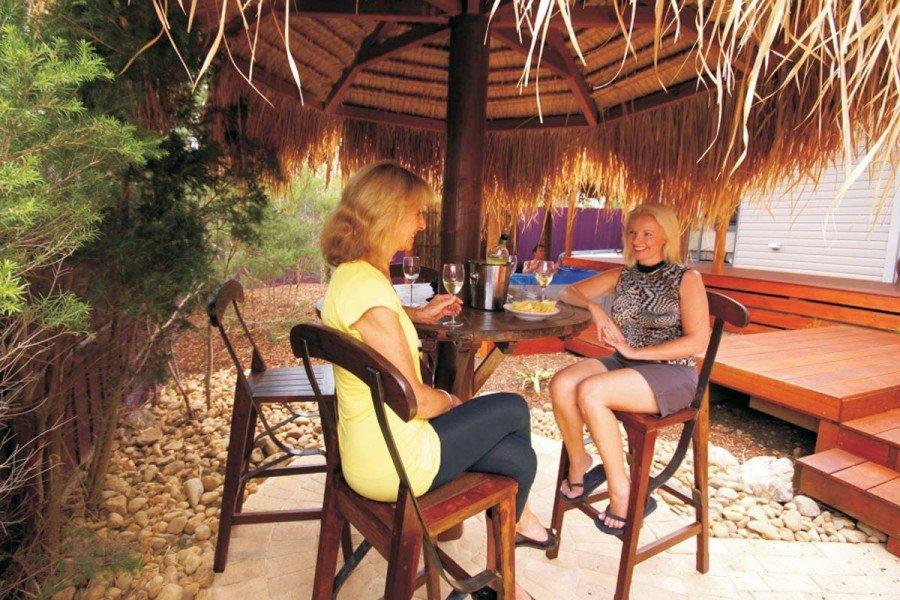 bali-umbrella-bar-furniture