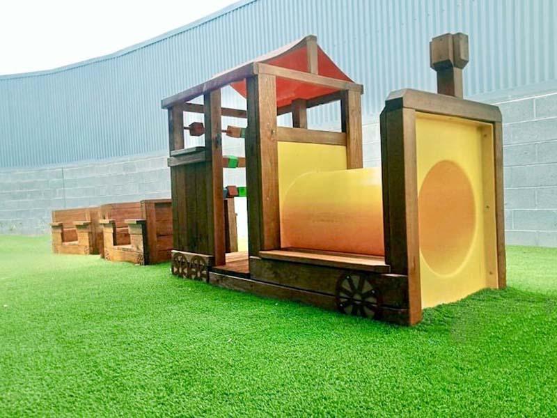 play-train-4