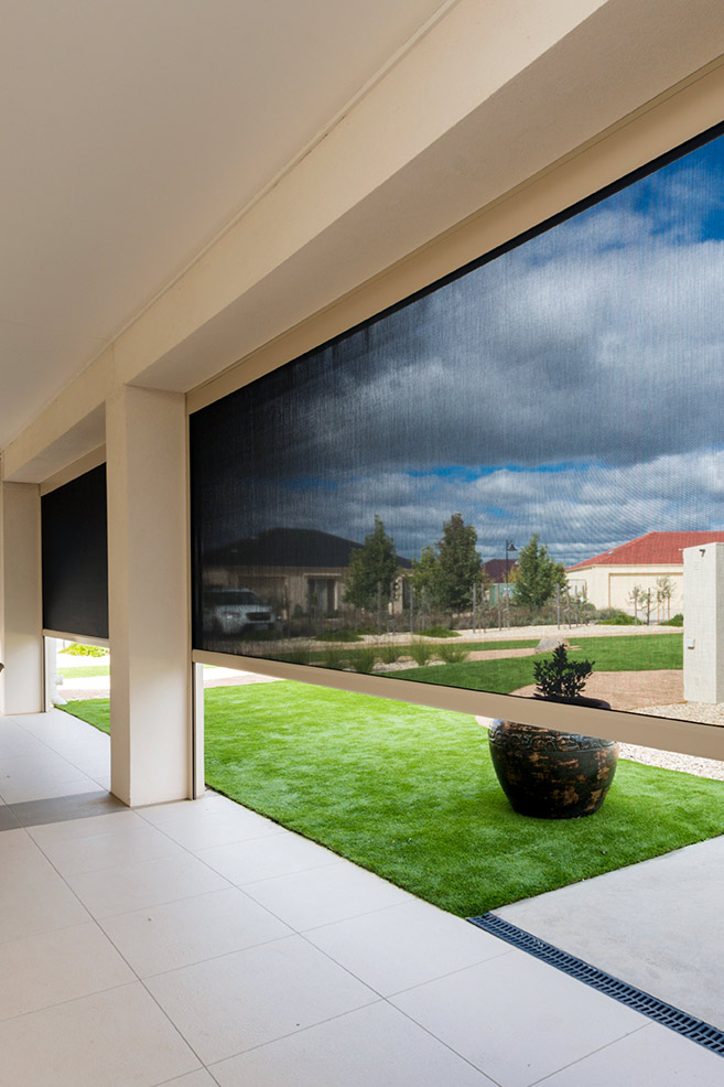 outdoor-blinds-moboile